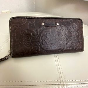Fossil Brown Leather Clutch - Wallet